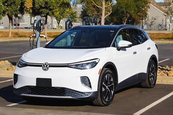 VW inaugura parque de carga rápida no Vale do Silício