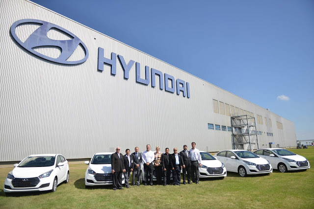 Hyundai doa 6 HB20S para a Campanha Apae Noel 2019